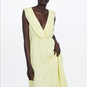 Zara pleated Yellow Maxi Dress